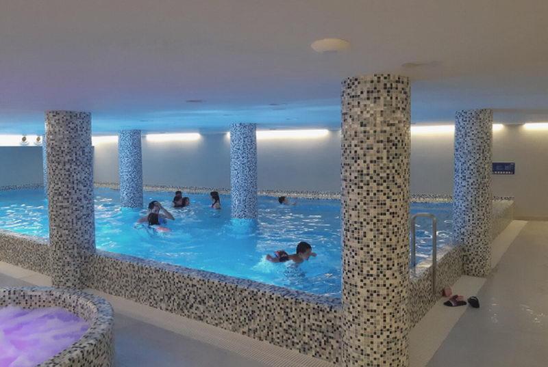 Skola plivanja za decu u hotelu Pegaz u Vrnjackoj banji